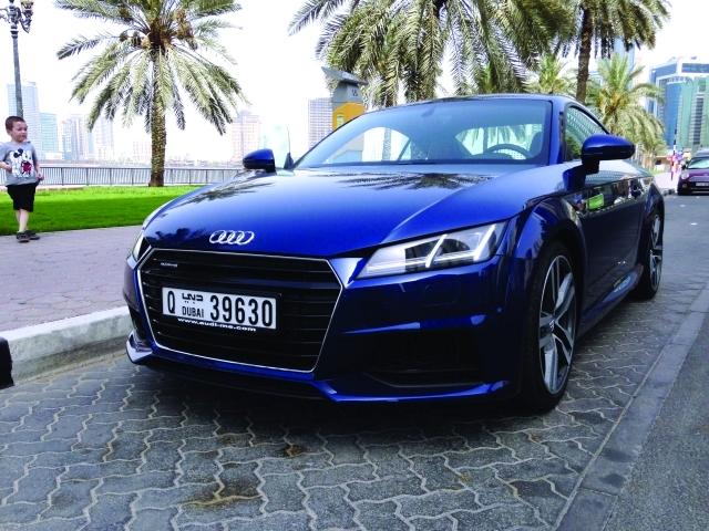 سيارة-رياضية-تي (4)