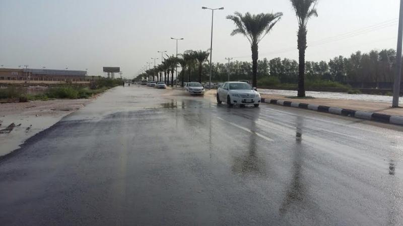 سيول وادي مقاب تجتاح الطرق بأبوعريش 5