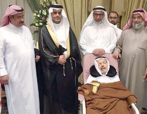 شاب يرفض إقامة حفل زفافه إلا بحضور والده الغائب عن الوعي