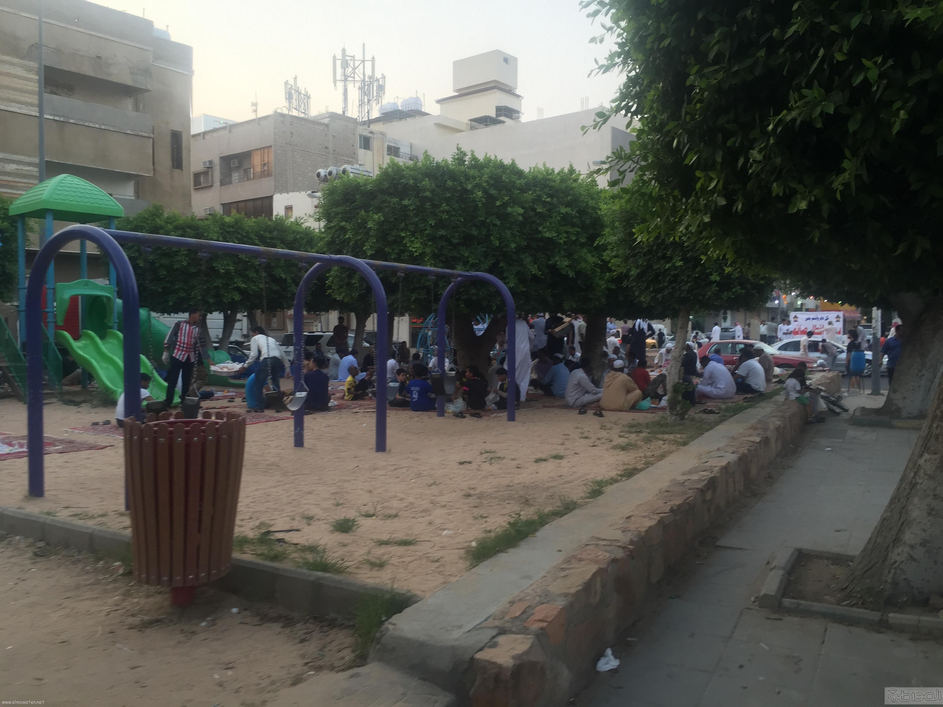 شارع عكاظ بالطائف زوار رمضان (11)