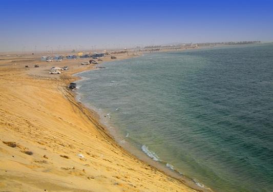 شاطئ-الهاف-مون