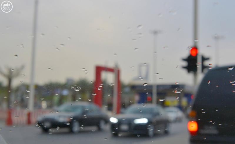 شاهد لقطات من أمطار الخير بمدينة #الرياض مساء اليوم 3