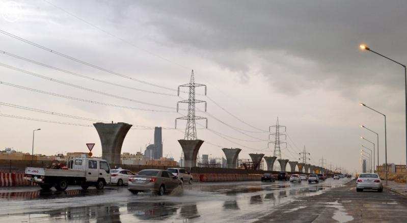شاهد لقطات من أمطار الخير بمدينة #الرياض مساء اليوم