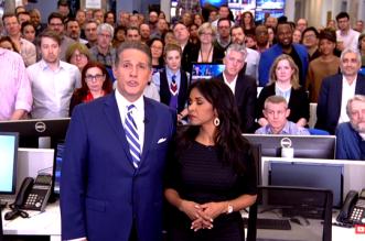 شاهد.. العاملون في الجزيرة أميركا يودعون المشاهدين جماعيا من غرفة الأخبار في آخر لحظات البث - المواطن