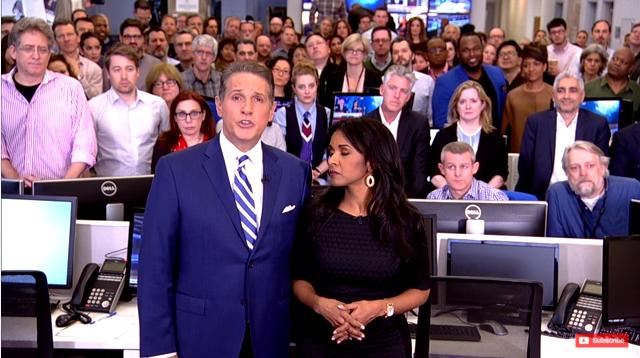 شاهد.. العاملون في الجزيرة أميركا يودعون المشاهدين جماعيا من غرفة الأخبار في آخر لحظات البث