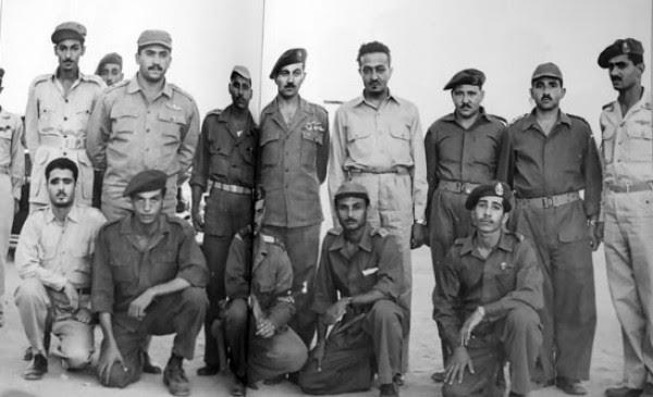 شاهد.. صور نادرة لـ #الملك_سلمان أثناء تطوعه في الجيش المصري  (1)
