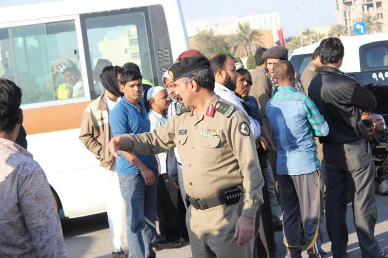 شرطة الخبر تضبط ١٤٥ مخالفا لنظام الاقامة والعمل1