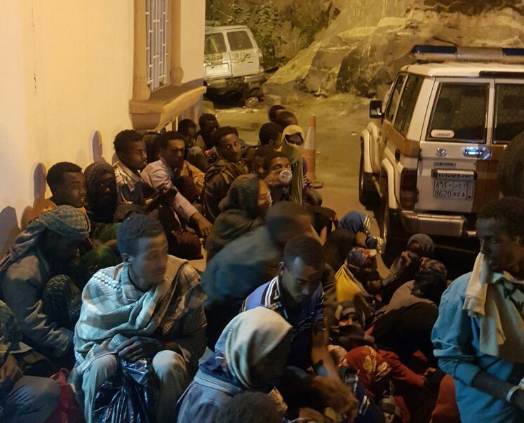 شرطة جازان تضبط 317 مخالفا بمواقع وعره (1)