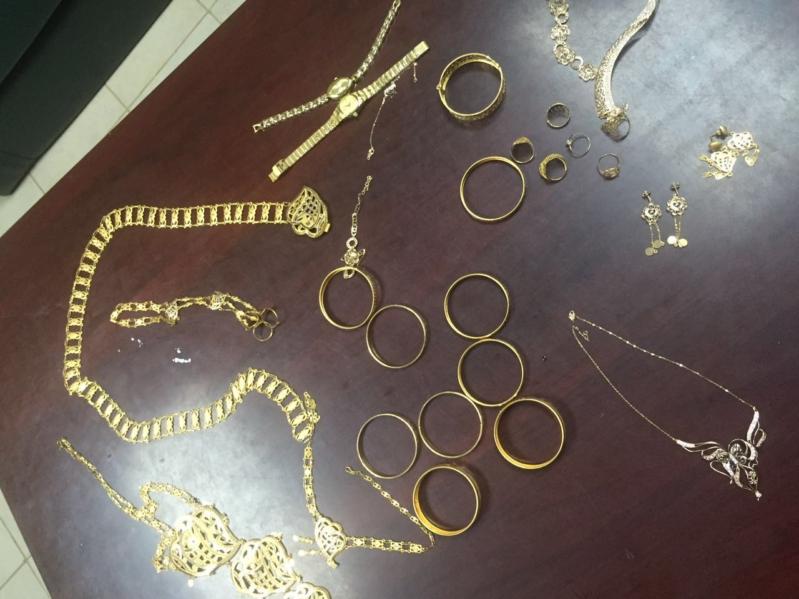 شرطة جازان تُطيح بخادمة سرقت مجوهرات (1)