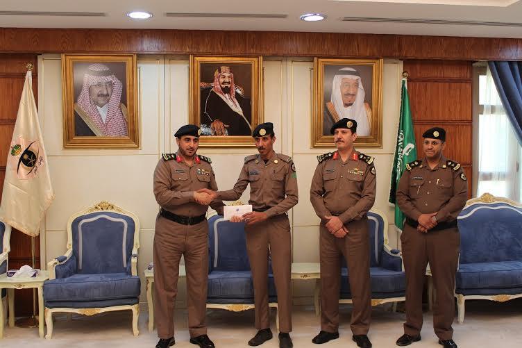 شرطة حائل تكرم فردين كشفا عن هوية داهس أمين الضمادي2