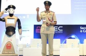 """رسمياً.. شرطة دبي تعلن انضمام أول شرطي """"آلي"""" لكوادرها - المواطن"""