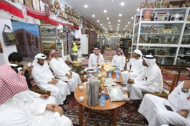 شعراء الخليج في قمة المدينة للتعرف على 3 ملايين قطعة نادرة (2)
