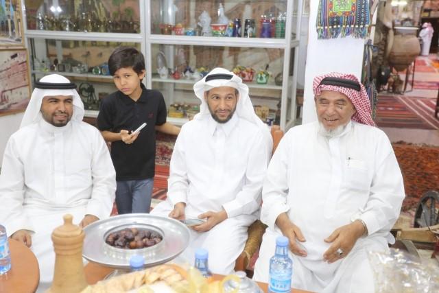 شعراء الخليج في قمة المدينة للتعرف على 3 ملايين قطعة نادرة (3)