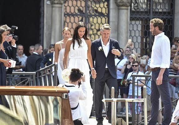شفاينشتايجر يتزوج من نجمة التنس (219604149) 