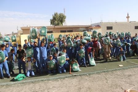 شنط مدارس السوريين (2)