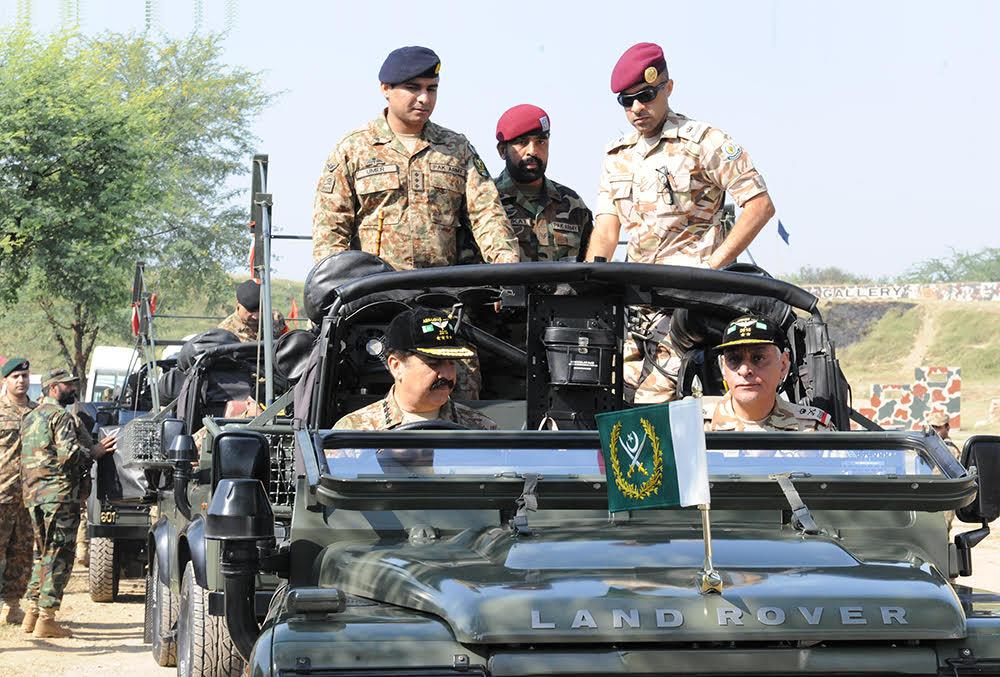 قائد الجيش الباكستاني: أي تهديد لسيادة ووحدة السعودية سنردّ عليه بكل قوة - المواطن