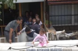 بالفديو.. شوارع إسطنبول تختفي تحت مياه الفيضانات - المواطن