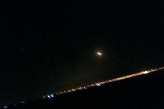 الدفاعات الجوية تعترض باليستيًّا حوثيًّا فوق الرياض - المواطن