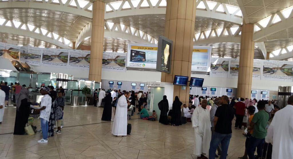 صالة ازدحام مطار الملك خالد (5)