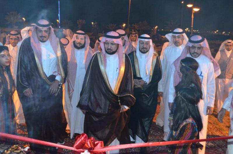 صالح بن عبدالكريم المحيميد يفتتح صيف عرعر 376