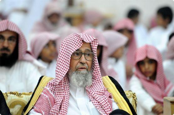 الشيخ الفوزان: فئة من الحاقدين تقود الحملات المغرضة ضد السعودية - المواطن