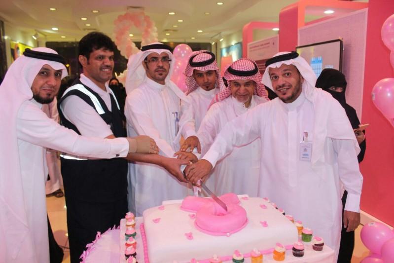 صحة الطائف تحارب سرطان الثدي بالبيت الوردي  3
