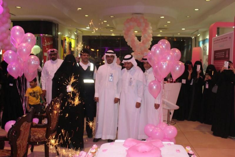 صحة الطائف تحارب سرطان الثدي بالبيت الوردي  4