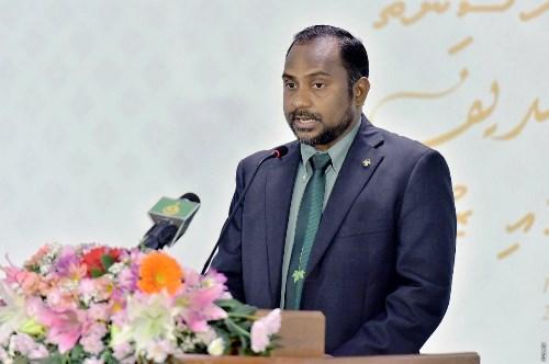 صحيفة مالديفية تُبرز زيارة آل الشيخ واتفاقية التعاون (3)