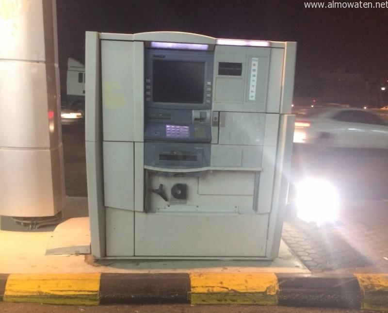 صراف-الي-بنك-الرياض (1)