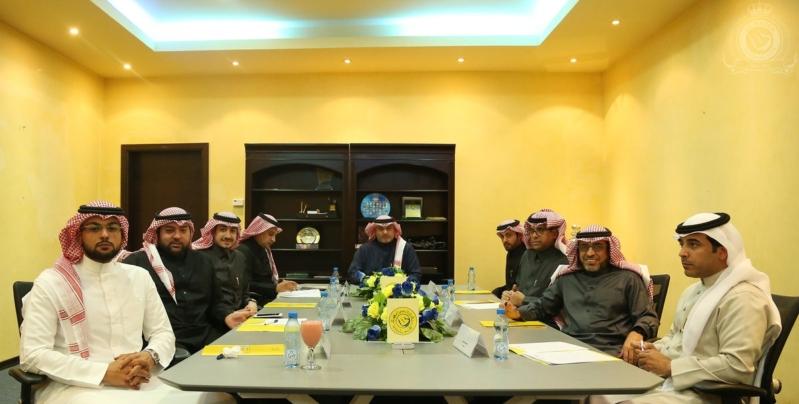 صــور للإجتماع الأول لمجلس إدارة نادي النصر