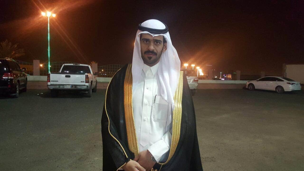 صقر آل سرحان يحتفل بزواجه بخميس مشيط (2)