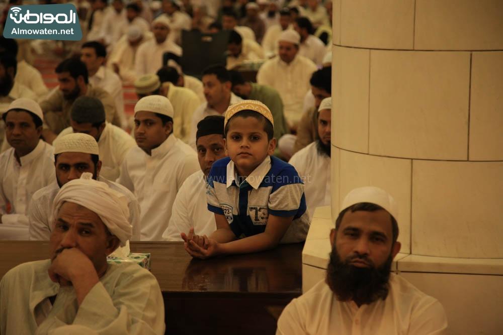 صلاة العيد في جامع الإمام تركي (11)