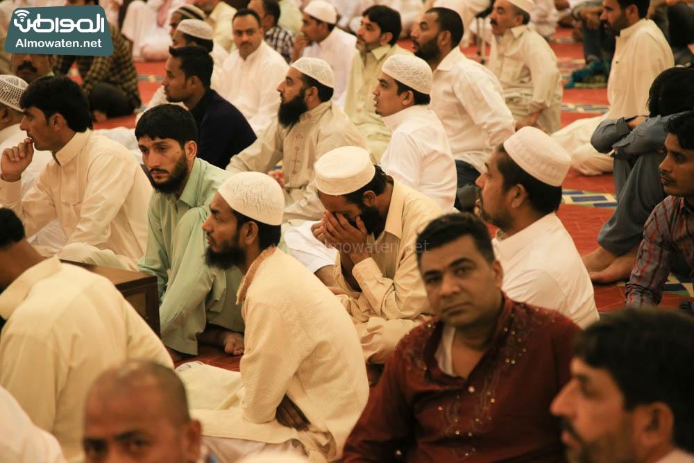 صلاة العيد في جامع الإمام تركي (12)