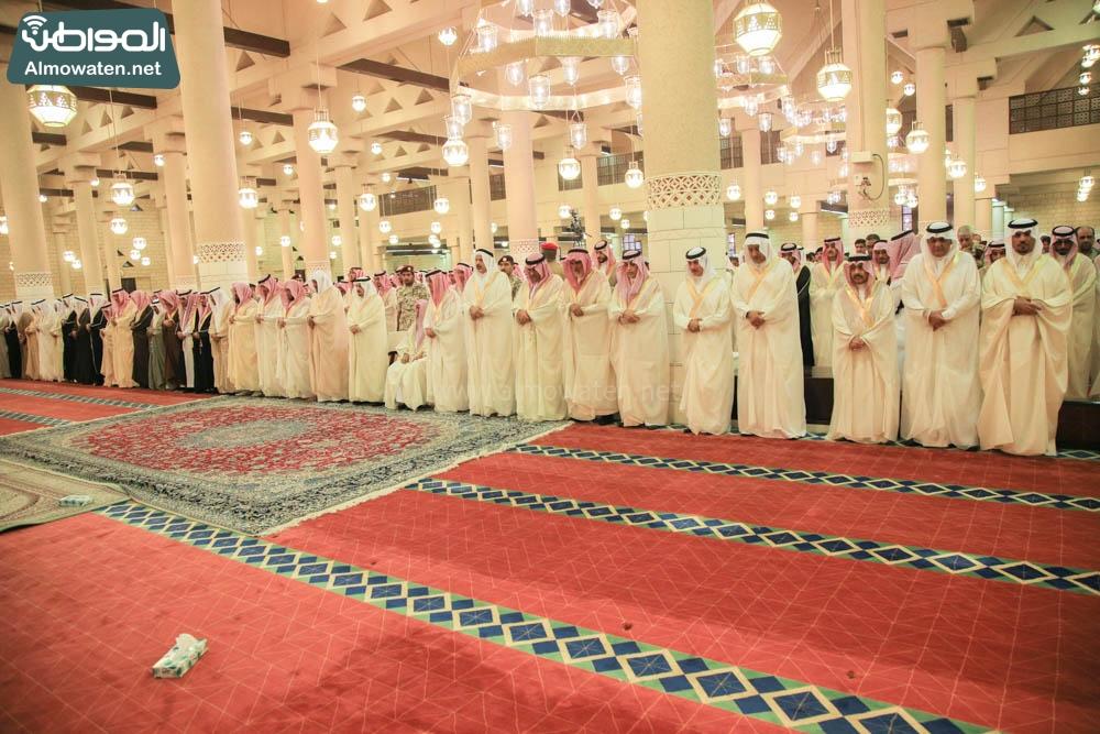 صلاة العيد في جامع الإمام تركي (3)