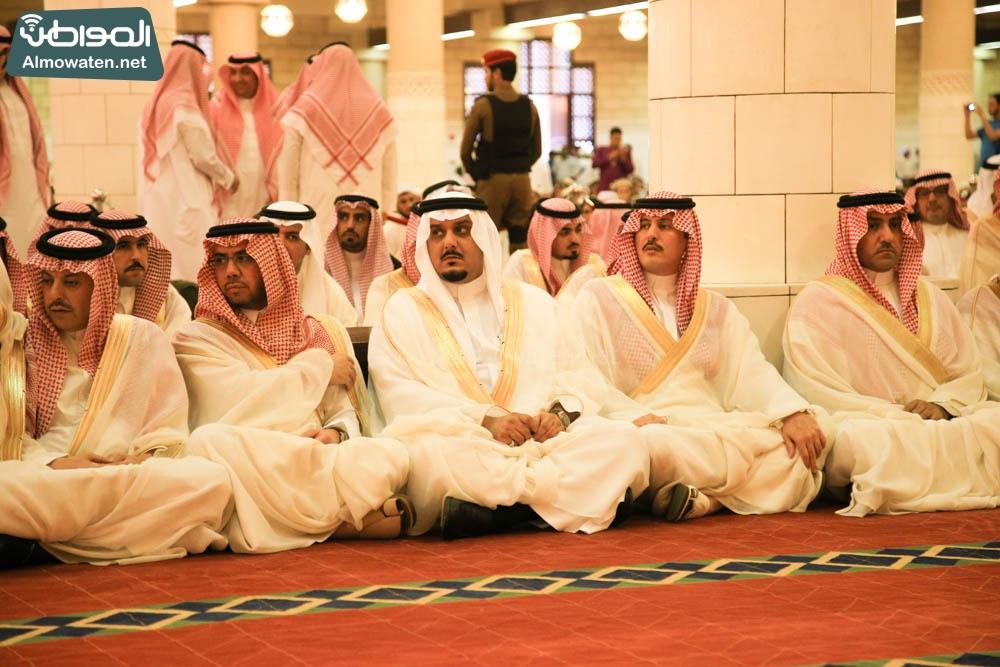 صلاة العيد في جامع الإمام تركي (7)