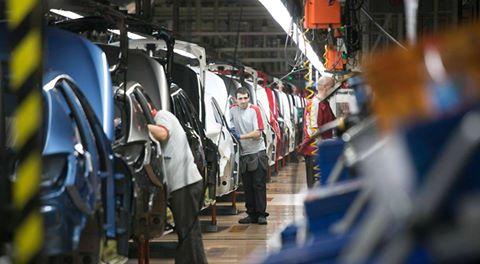 صناعة السيارات في إسبانيا