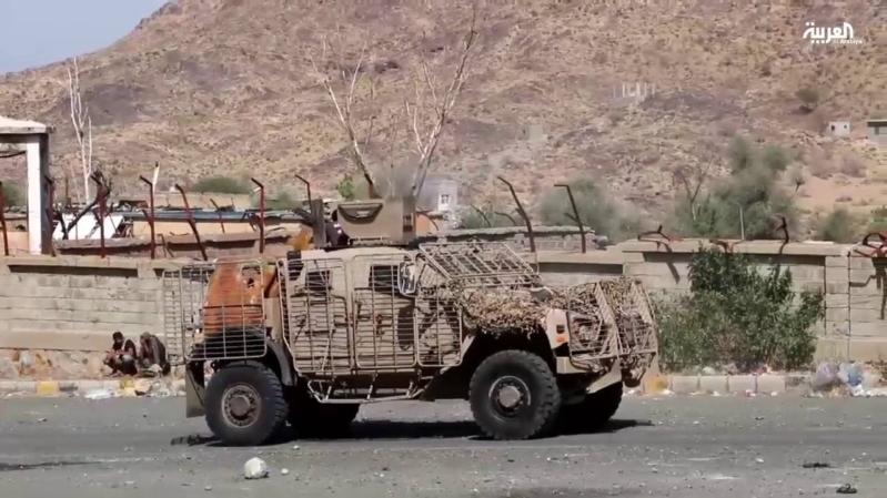 صواريخ الانقلابيين تستهدف المدنيين في تعز