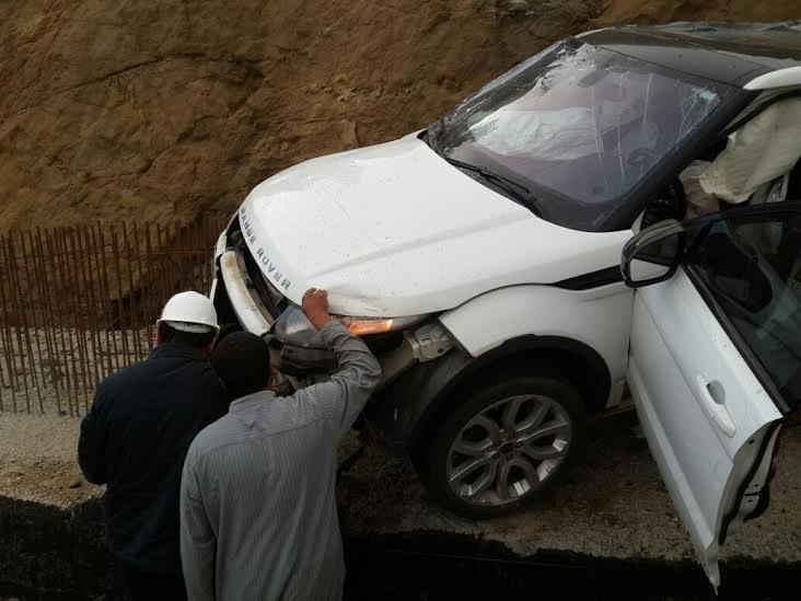 صورة تكلف مواطن تلف سيارتة بمحافظة النماص1
