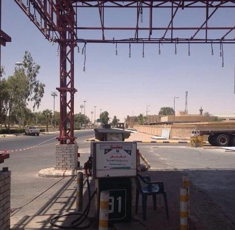 كتابة عداد الوقود بخط اليد يغلق محطة بنزين في رفحاء - المواطن