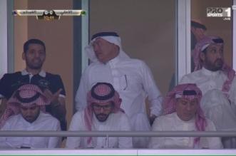 المرزوقي في مدرجات الجوهرة لمتابعة مباراة الأهلي والفيحاء - المواطن