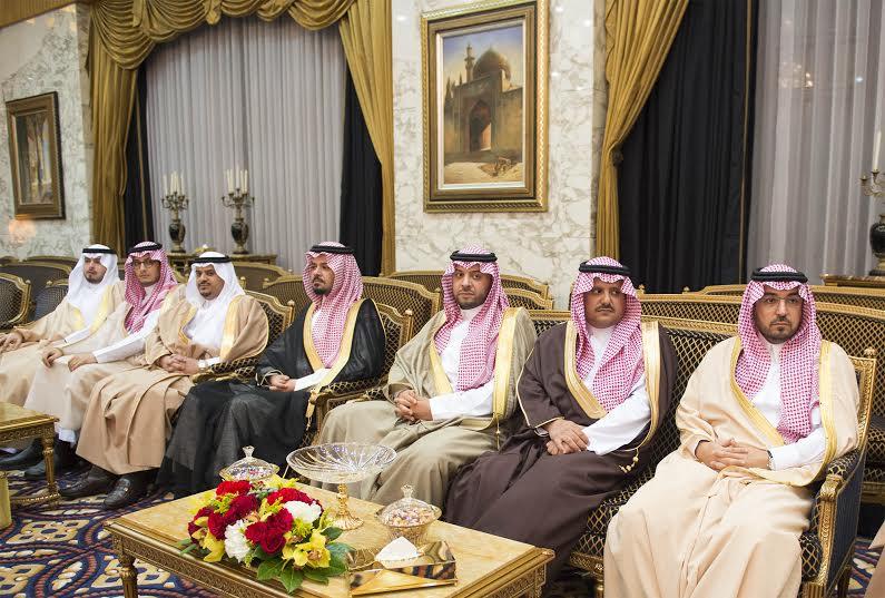 صور استقبال خادم الحرمين الشريفين لرئيس وزراء ماليزيا6