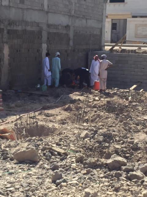 صور سقوط جدار خزان أرضي بالمدينة 2