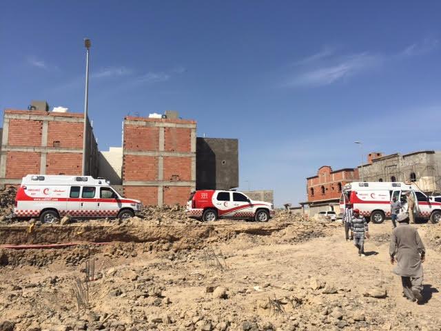 صور سقوط جدار خزان أرضي بالمدينة
