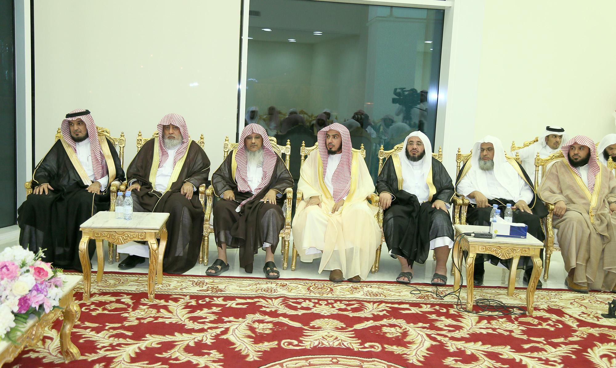 صور لقاء وزير الشؤون الإسلامية بالدعاة 2