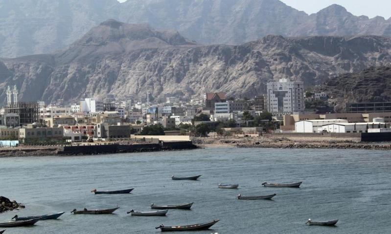 ضبط-سفينة-تحمل-أسلحة-للحوثيين.