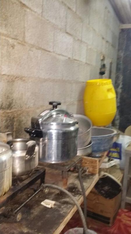 ضبط مصنع خمور يديره اسيوي بجازان (348913358) 