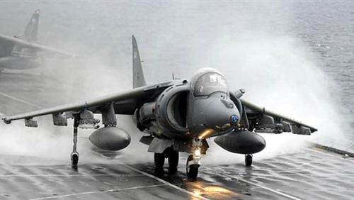 طائرات الحربية