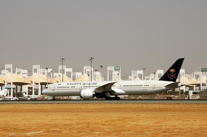 طائرات دريملاينر بالخطوط السعودية (2)