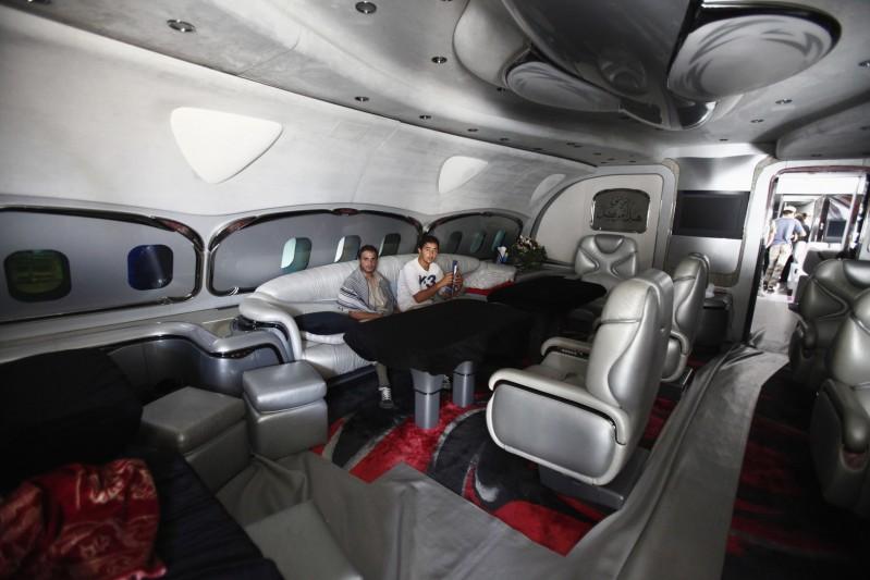 طائرة القذافي