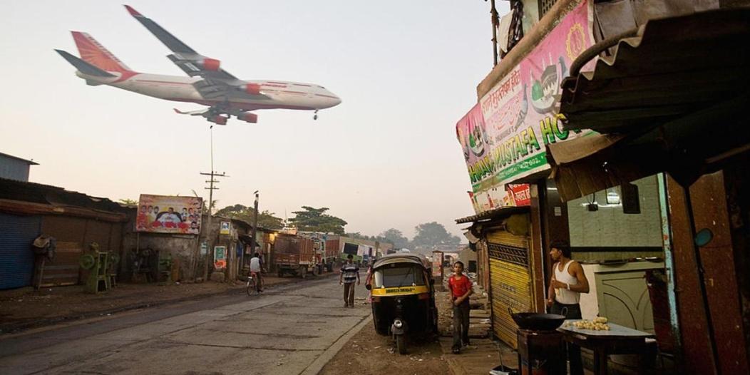 كارثة مروعة كادت أن تقع بسبب خطأ غير متوقع من قائدتي طائرة!